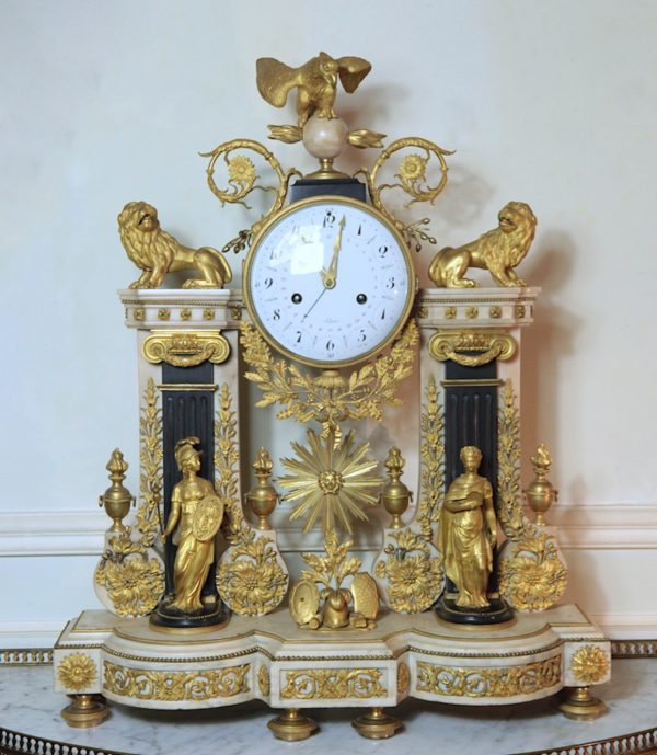 Minerva and Themis clock, 1780 - The same at the Musée des Arts Décoratifs